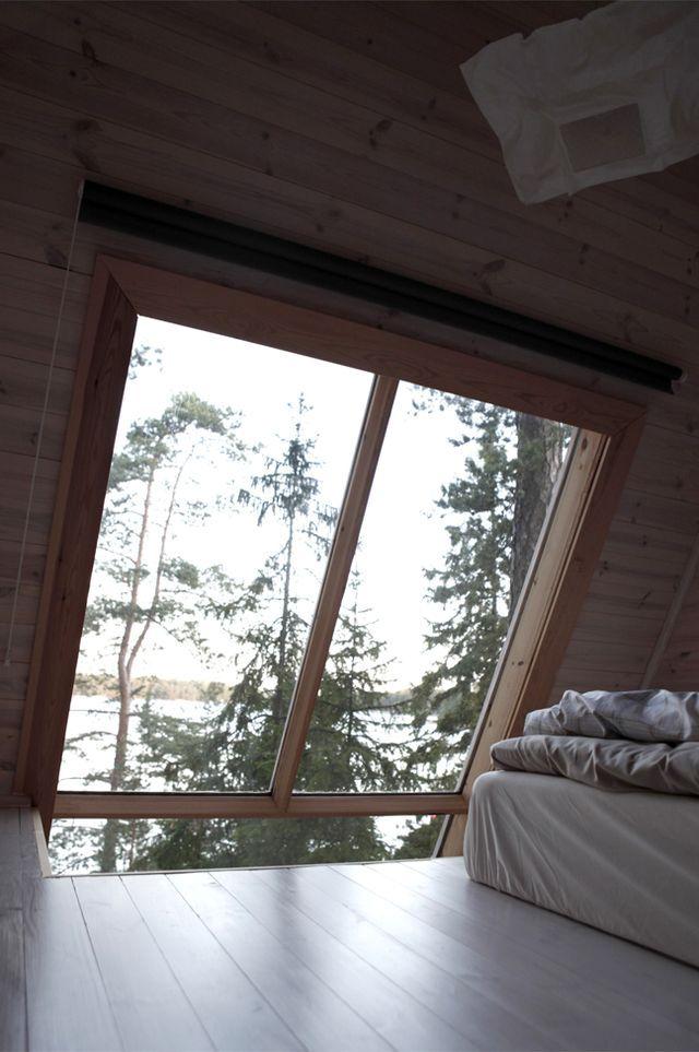 мини домик, окно в интерьере