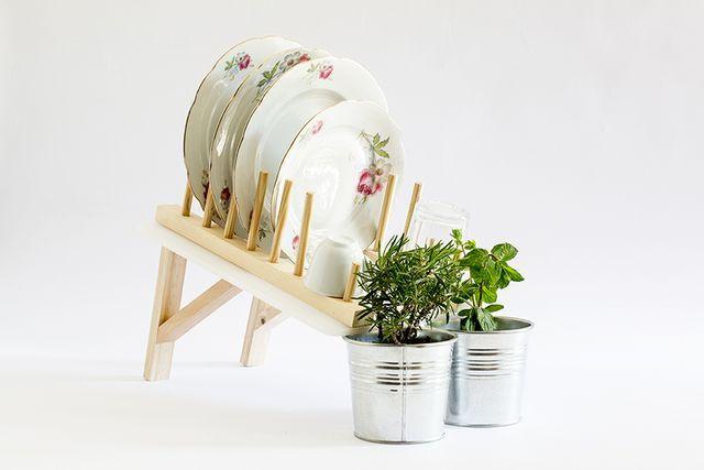 настольная сушилка для посуды с поливом растений