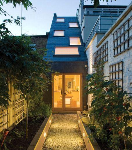 узкий дом шириной 2 метра