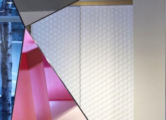 объемные зеркала Loverboy от Dune Furniture 2014