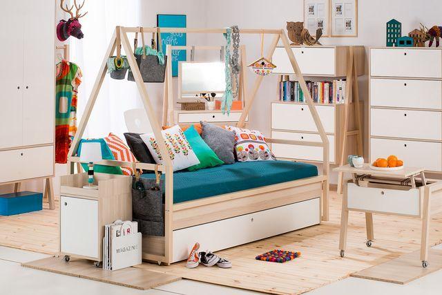 диван-кровать из серии модульной мебели для детской комнаты Spot