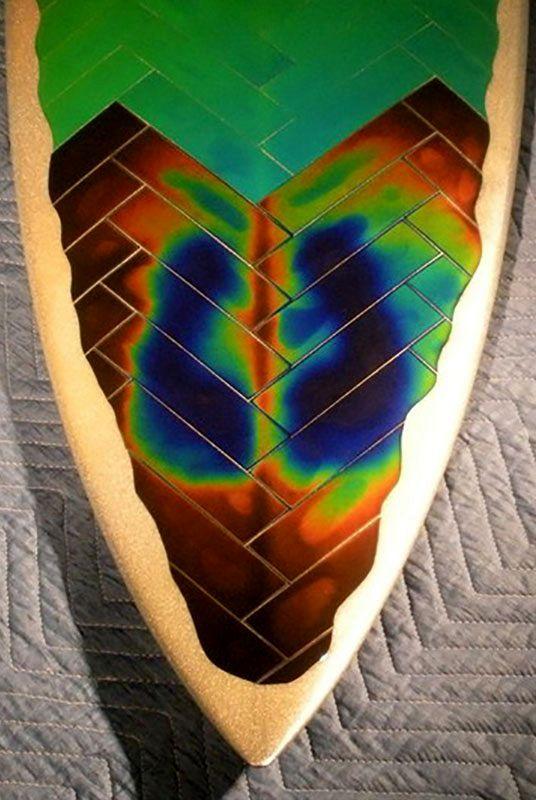 напольная плитка, меняющая цвет