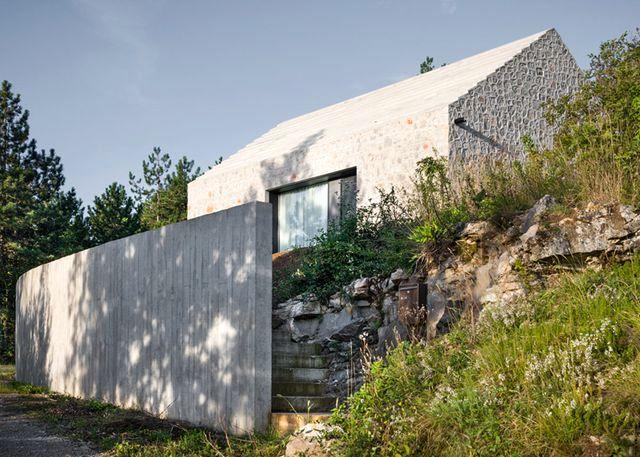 compact-slovenia-house-14