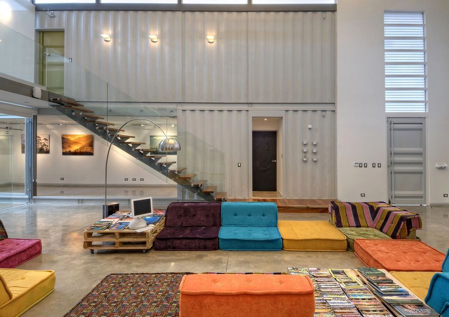 house-8-shipping-containers-09