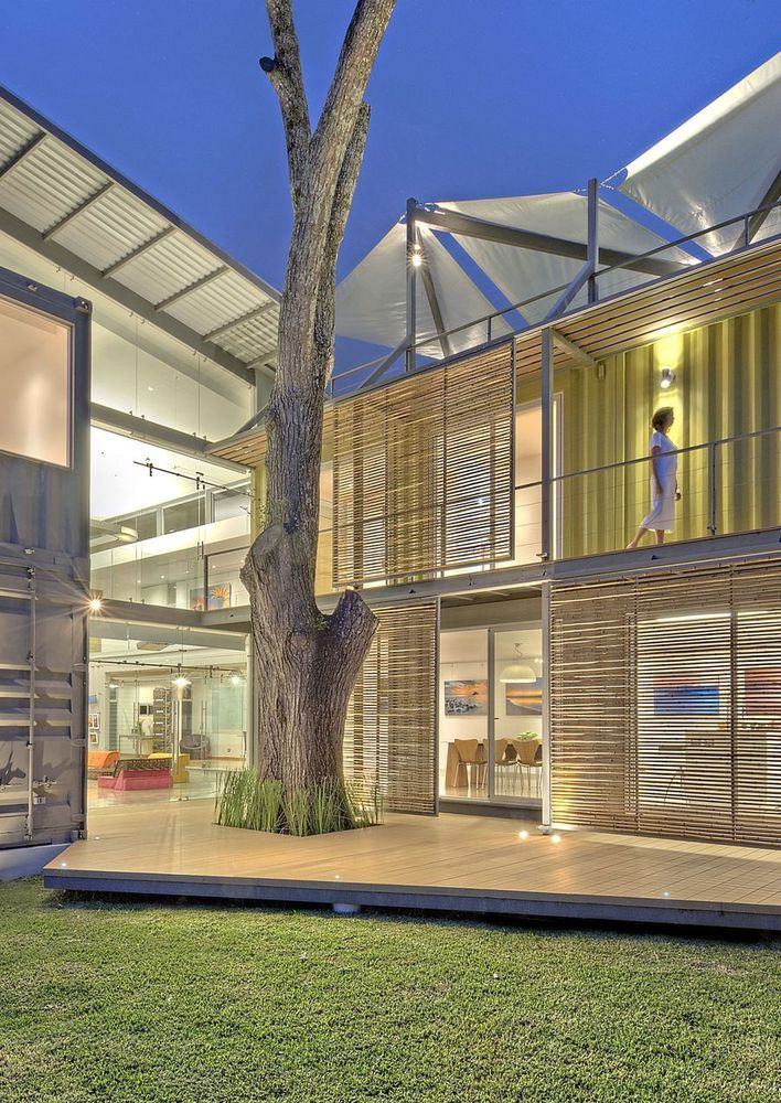 house-8-shipping-containers-13