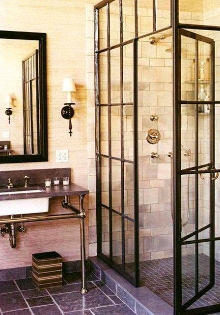 интерьер ванной комнаты с решеткой