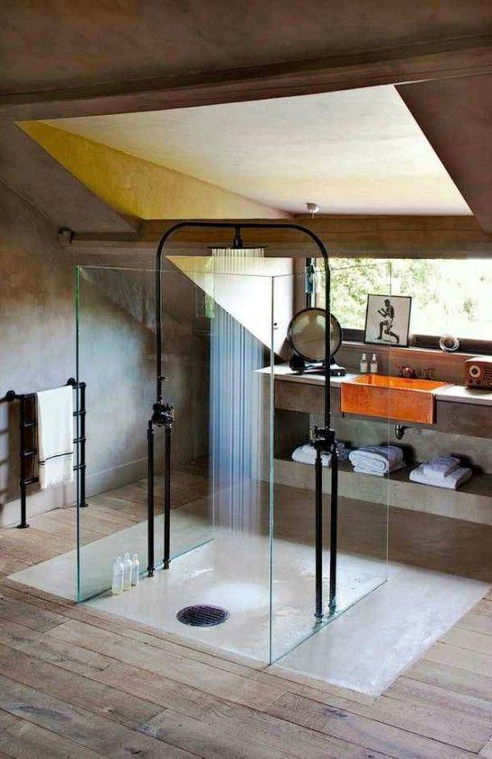минималистская ванная комната в индустриальном стиле
