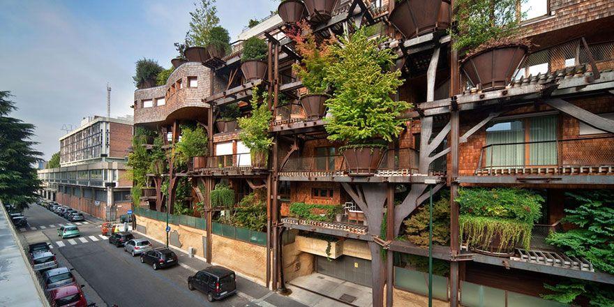 фасад зеленого дома с деревьями 25 green