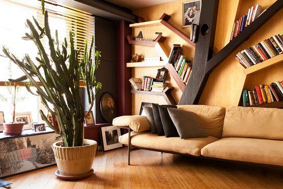книжные полки в виде дерева
