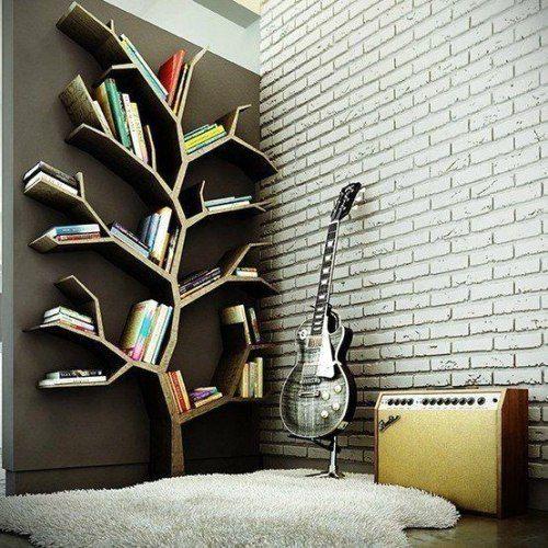 необычные книжные полки в виде дерева