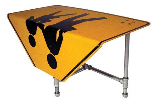 мебель из дорожных знаков Tim Delger