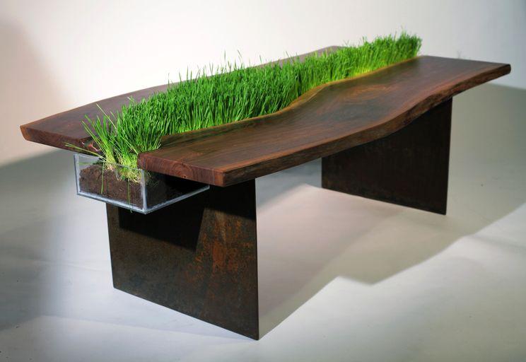 стол с травой Эмили Веттштейн