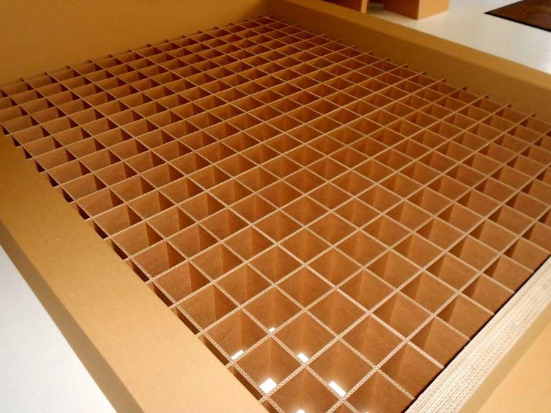 кровать из картона от SS Design