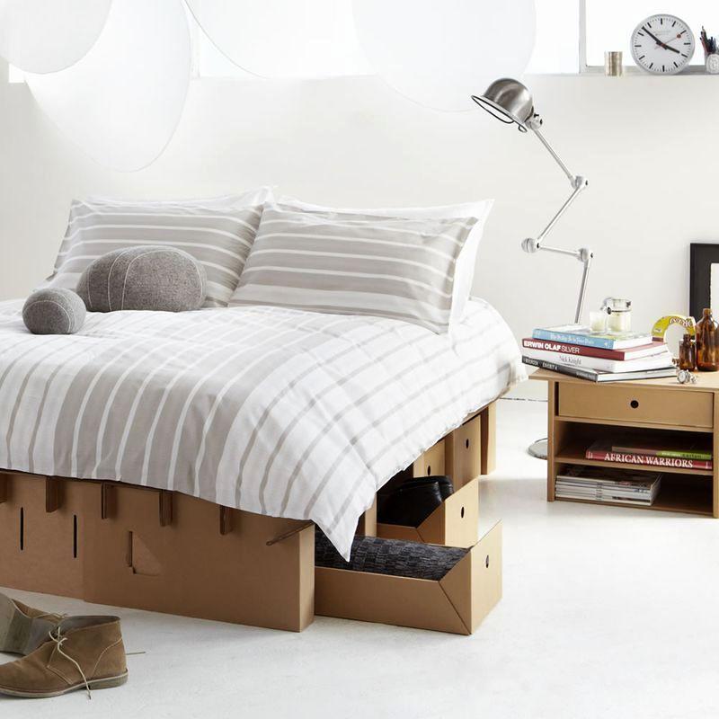 прочная картонная кровать от Karton Group