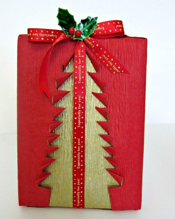 подарочная упаковка с елочкой