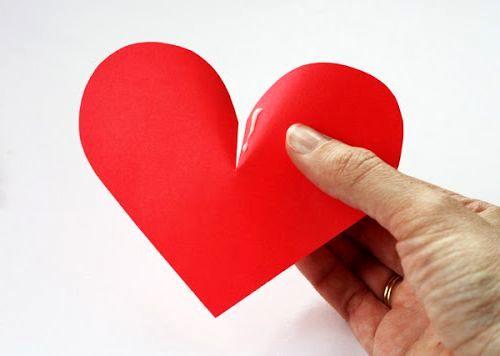 мастер-класс объемные сердечки из бумаги - клей