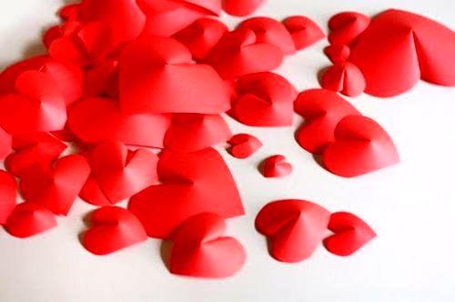объемные сердечки разных размеров