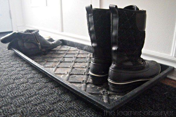 поддон для обуви с речной галькой 02