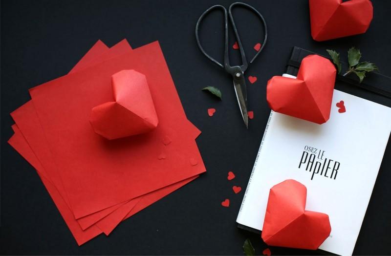 мастер-класс объемные сердечки оригами