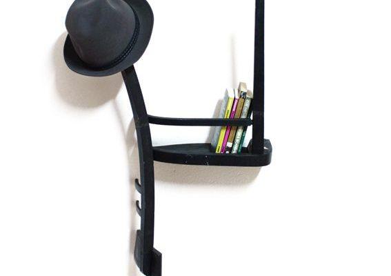 вешалка-полка из стула