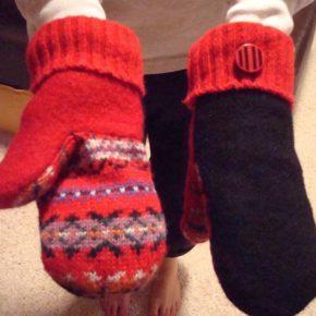 миттенки из свитера своими руками