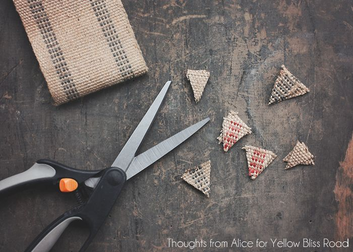 вырезаем наконечники для декоративных стрел на ёлку