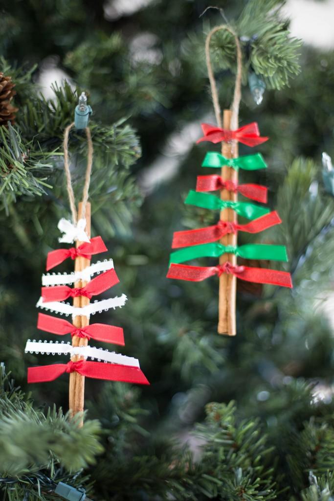 новогодний декор из палочек корицы