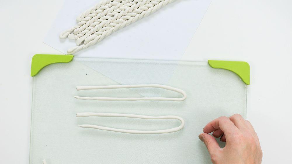 сложить пряди пополам - косички из полимерной глины